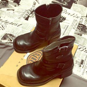 Authentic Harley Davidson Gypsy boots sz 7